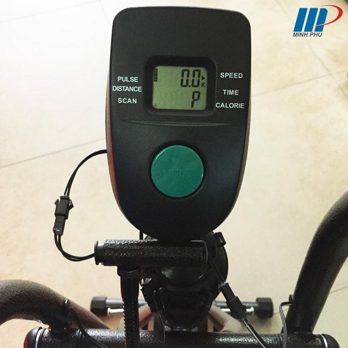 Xe đạp tập thể dục MO-2060 đồng hồ
