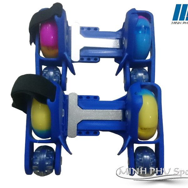 xe-truot-patin-4-banh-xanh-1