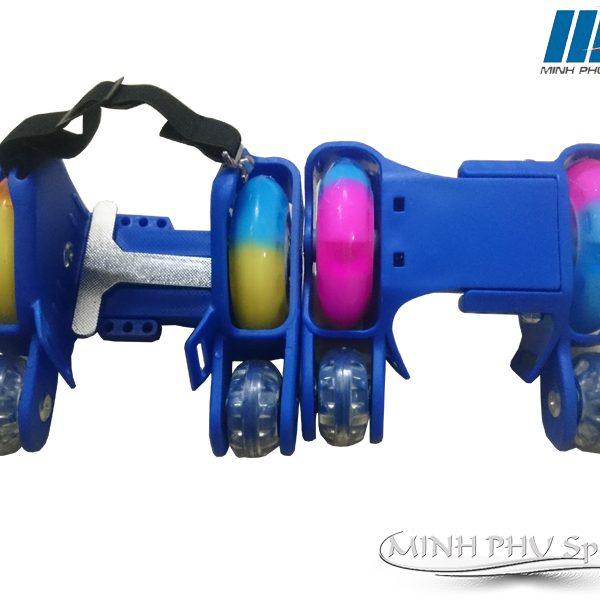 xe-truot-patin-4-banh-xanh-2