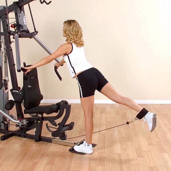 Bài tập với dây quấn cổ chân hỗ trợ tập mông chân