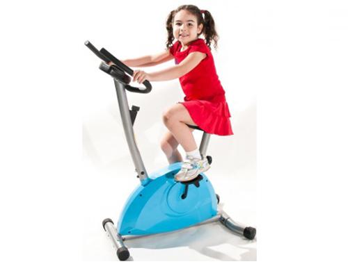 xe đạp tạp thể dục cho bé