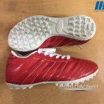 Giày bóng đá 3 sọc đỏ