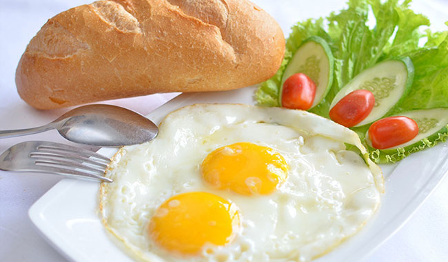 bánh mỹ trứng bổ sung năng lượng cho người tập gym